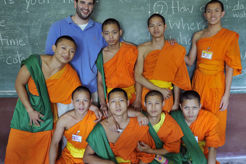 Volunteer and Teaching English to Monks in Chiang Mai Thailand