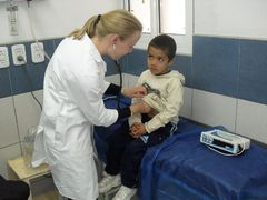Medical & Healthcare Volunteer Work Abroad
