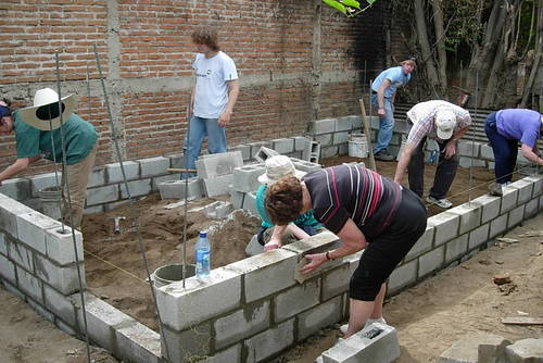 Building Volunteer Projects in Guatemala