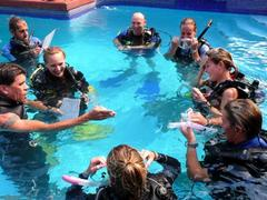 Scuba Diving Courses For Rescue Certified Divers in Utila, Honduras