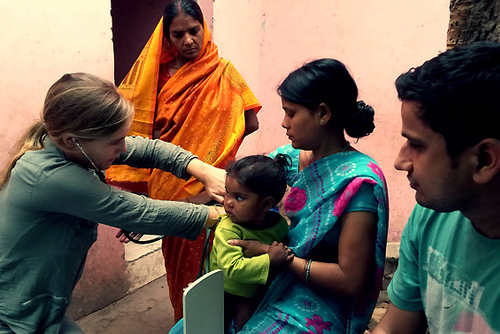 Healthcare Work in India from US$250