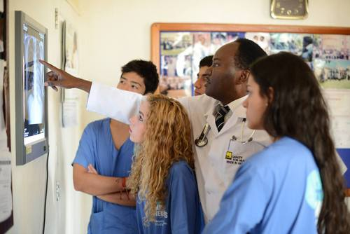 Medical & Healthcare Volunteering Abroad