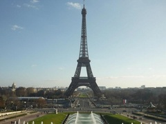 Teach English in Paris