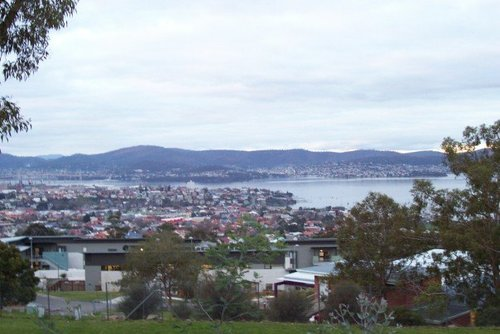 How to Visit Hobart on a Budget