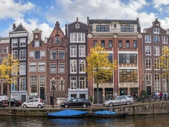5 Best Cities in the World for Young Expats