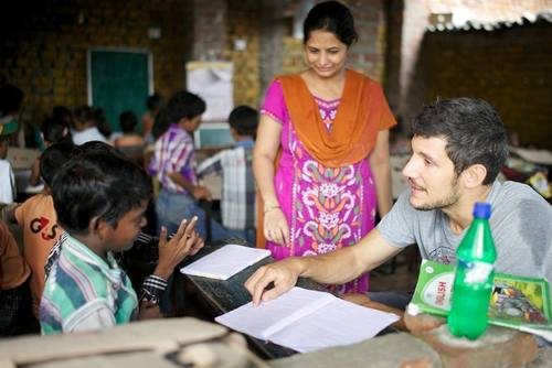 Volunteer in India from £240 with PMGY