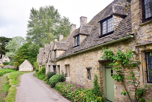 The Best Luxury Cottage Holiday Destinations in the UK
