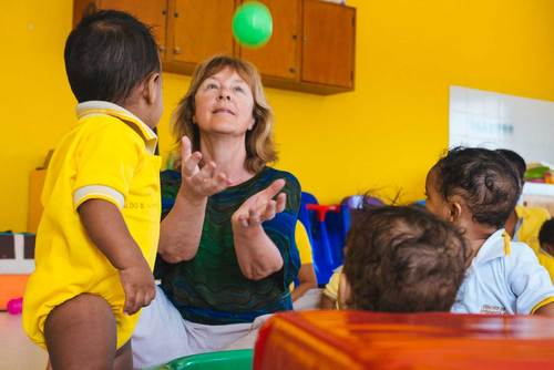 Childcare Work in Colombia from US$270