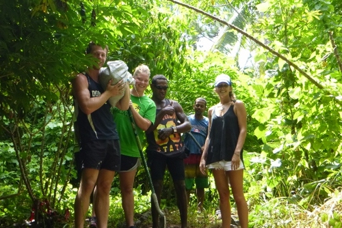 What You Need To Know Before You Volunteer Abroad