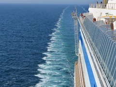What to Expect from Working on a Cruise Ship