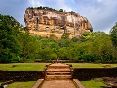 Awesome Places To Visit in Sri Lanka