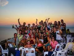 12 Day Half Moon Party Tour
