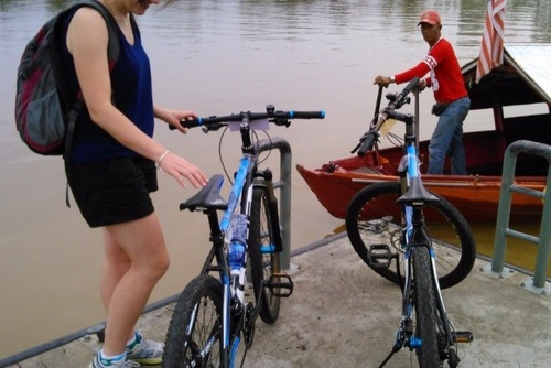 Kuching Bike Tour, Borneo