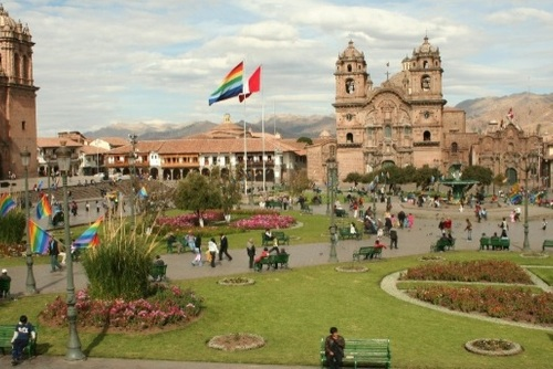 Cusco: Ruins, Markets & Walking Day Tour
