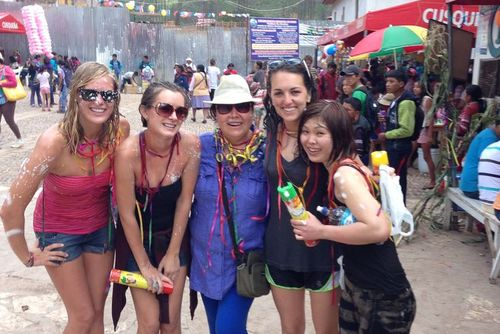 Volunteer in Peru with Women's Empowerment Program - from just $28 per day!