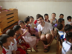CHINA: Volunteer with Children in a Kindergarten in Guilin