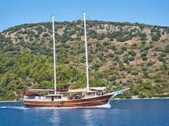Sailing Yacht or Gulets - How to pick the right one?