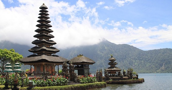 Indonesia Travel, Backpacking & Gap Year Guide