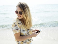 Should You Have a Digital Detox When Travelling?