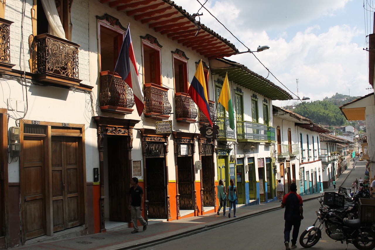 10 Things to Know Before Visiting Colombia