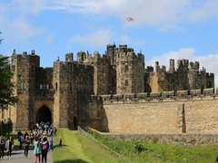 Famous Film & TV Locations to Visit in the UK