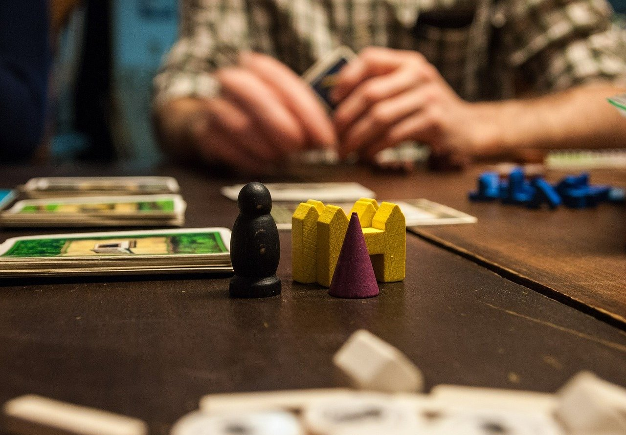 Best Games to Play when Travelling