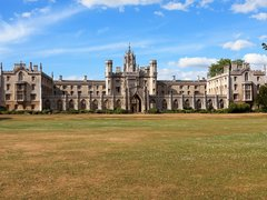 Best Universities to Study History in the UK & Abroad