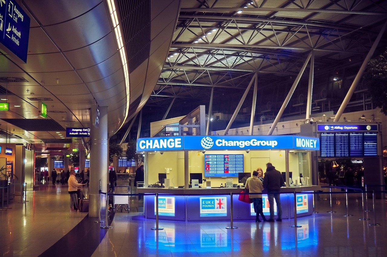 5 Currency Exchange Tips for Your Next Trip