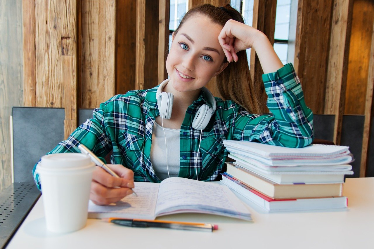 10 Tips to Make Studying Abroad More Successful