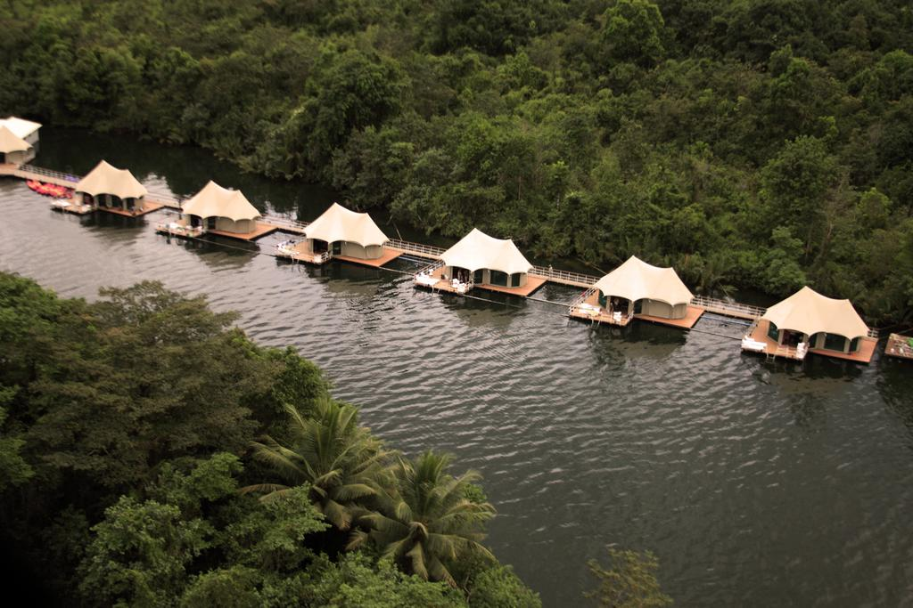 4 Rivers Floating Lodge Koh Kong, Cambodia