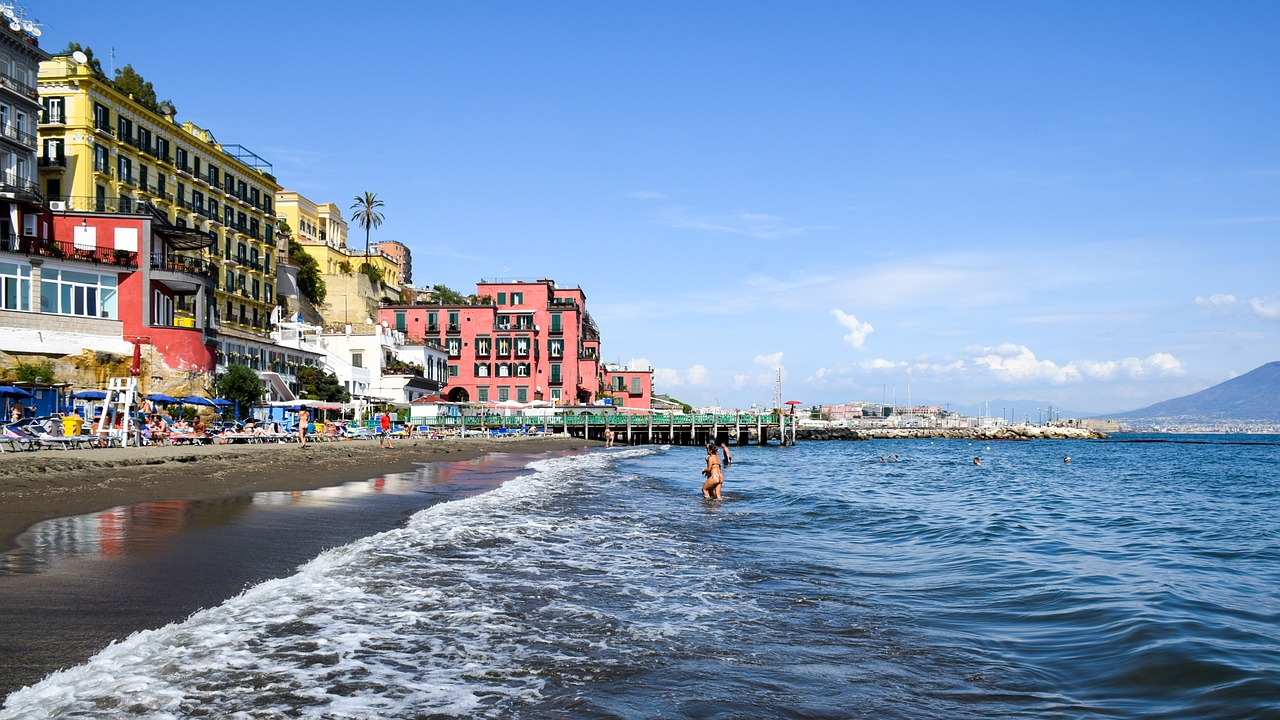 Best beaches in Naples