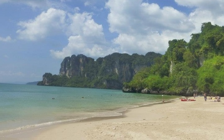 Teach English in Phuket