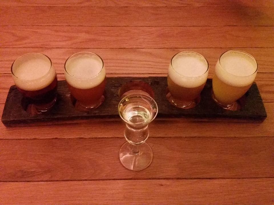 Beer flight_and jenever Proeflokaal de Bekeerde Suster Amsterdam