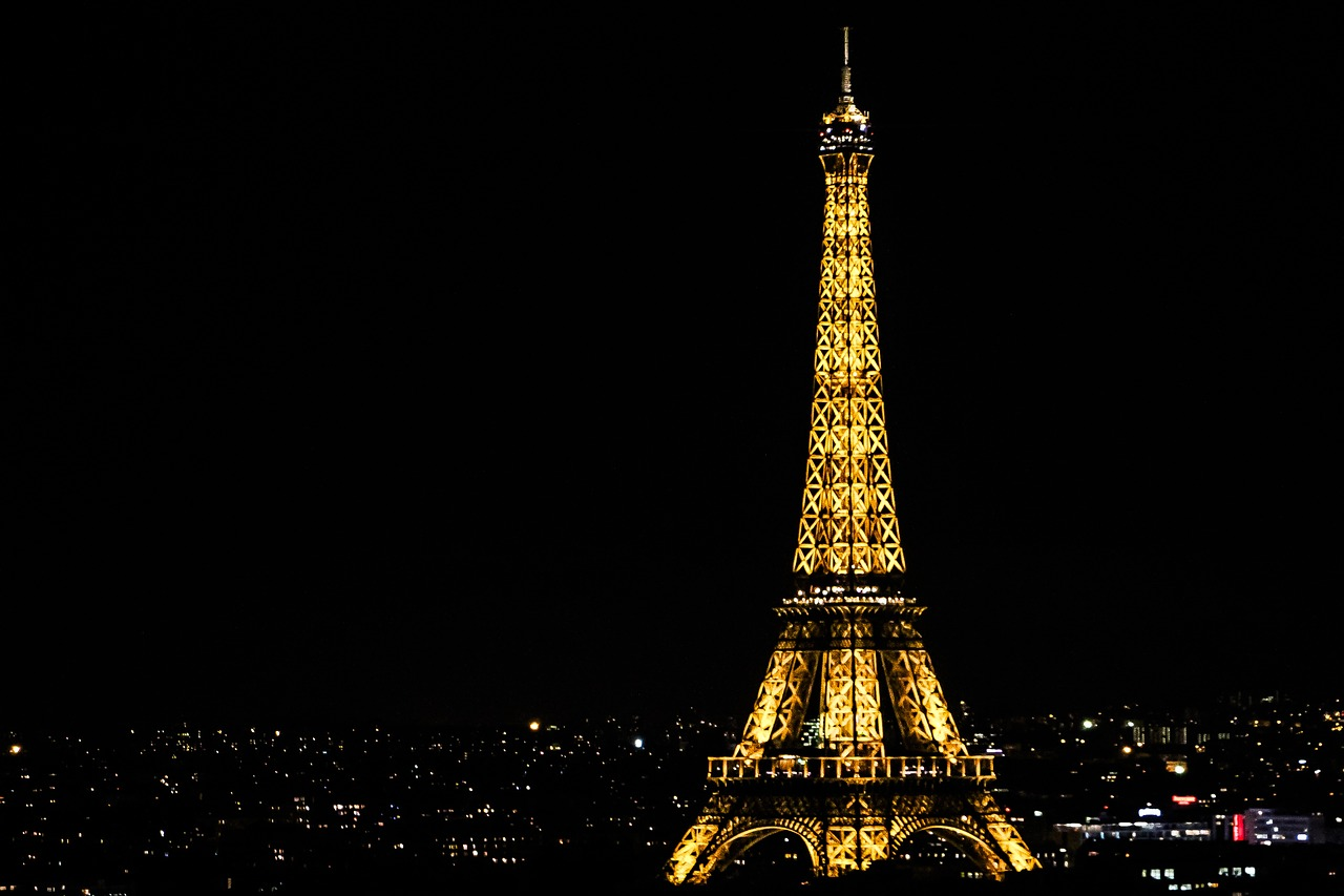 Eiffel Tower lights night