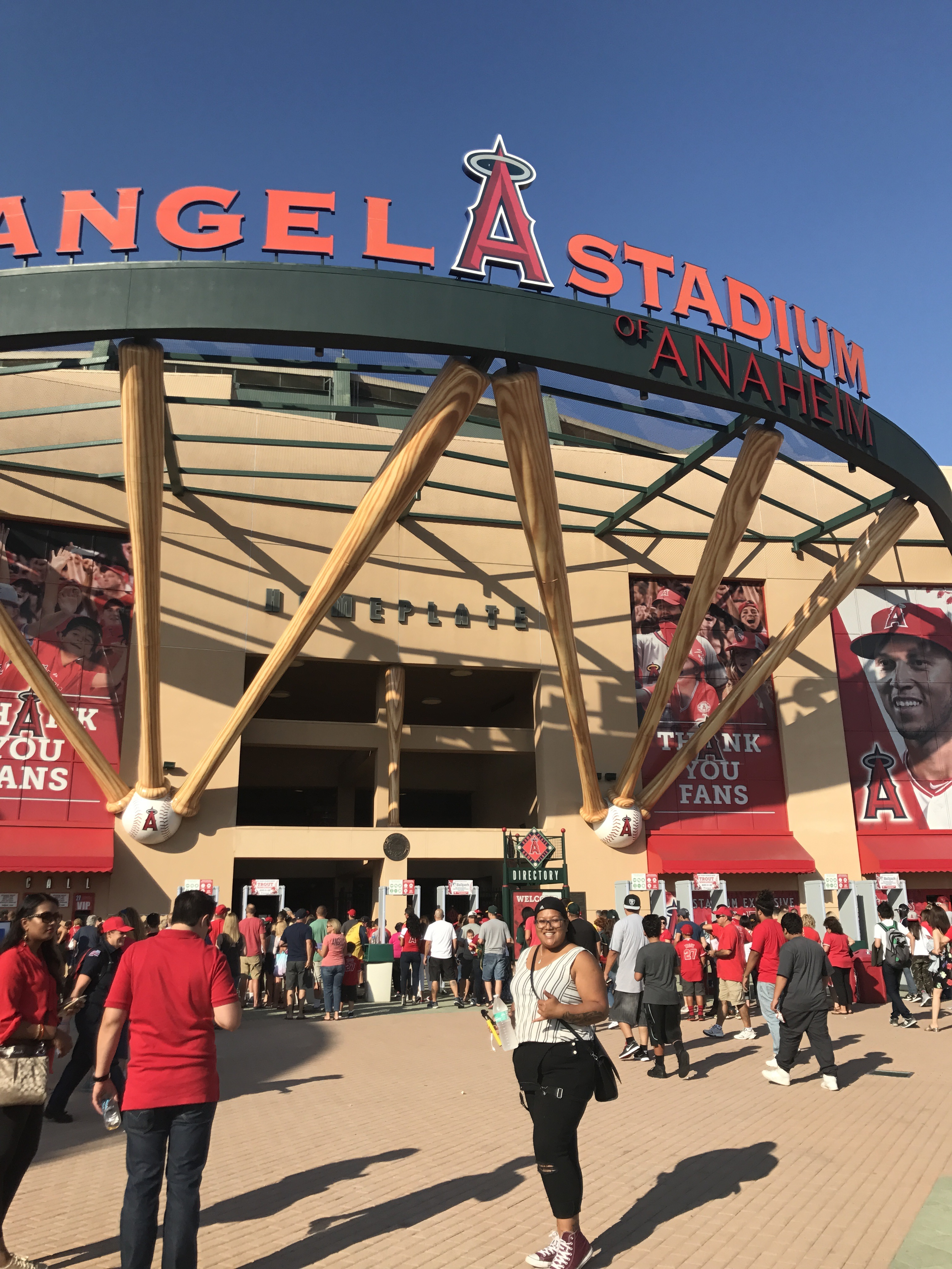 LA Angels Baseball Games