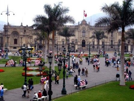 Volunteer in Lima