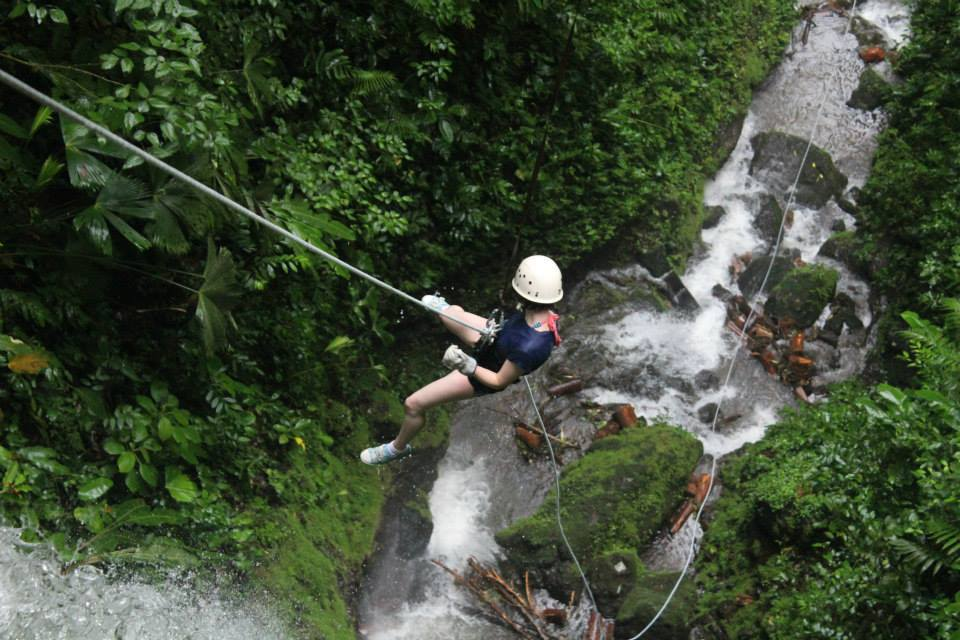 Abseiling waterfall La Fortuna